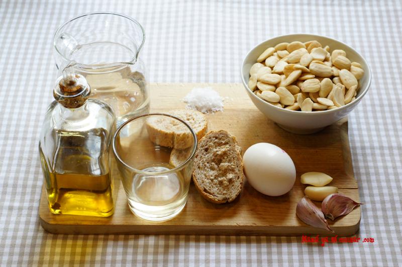 ingredientes del ajoblanco