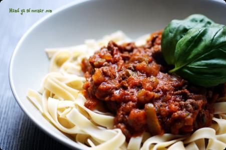 Fetuccini-boloñesa