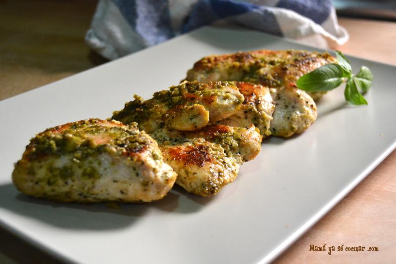 Filetes de pollo con curry verde